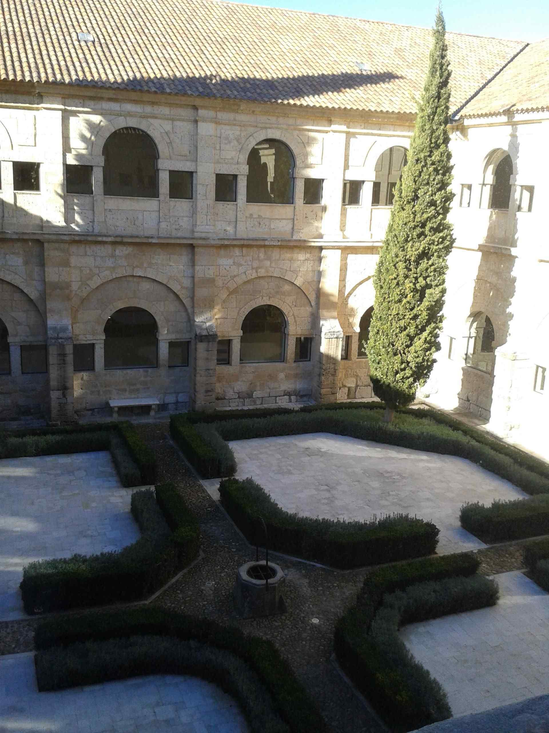 La Escuela Alcazarén visita el Hotel Abadía Retuerta LeDomaine