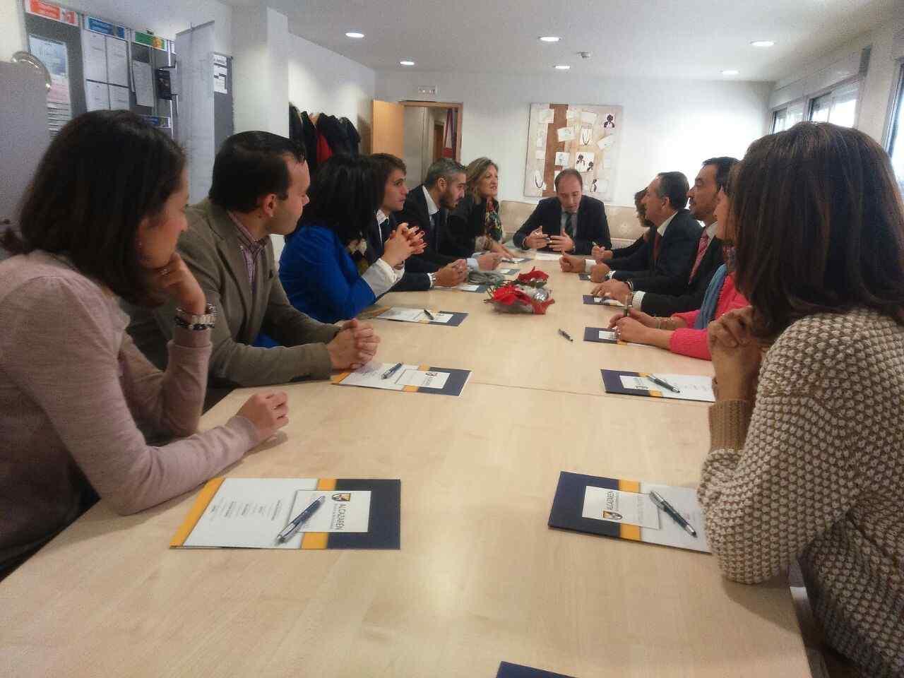 Convenio de trabajo con Hoteles de Valladolid en la Escuela Alcazarén
