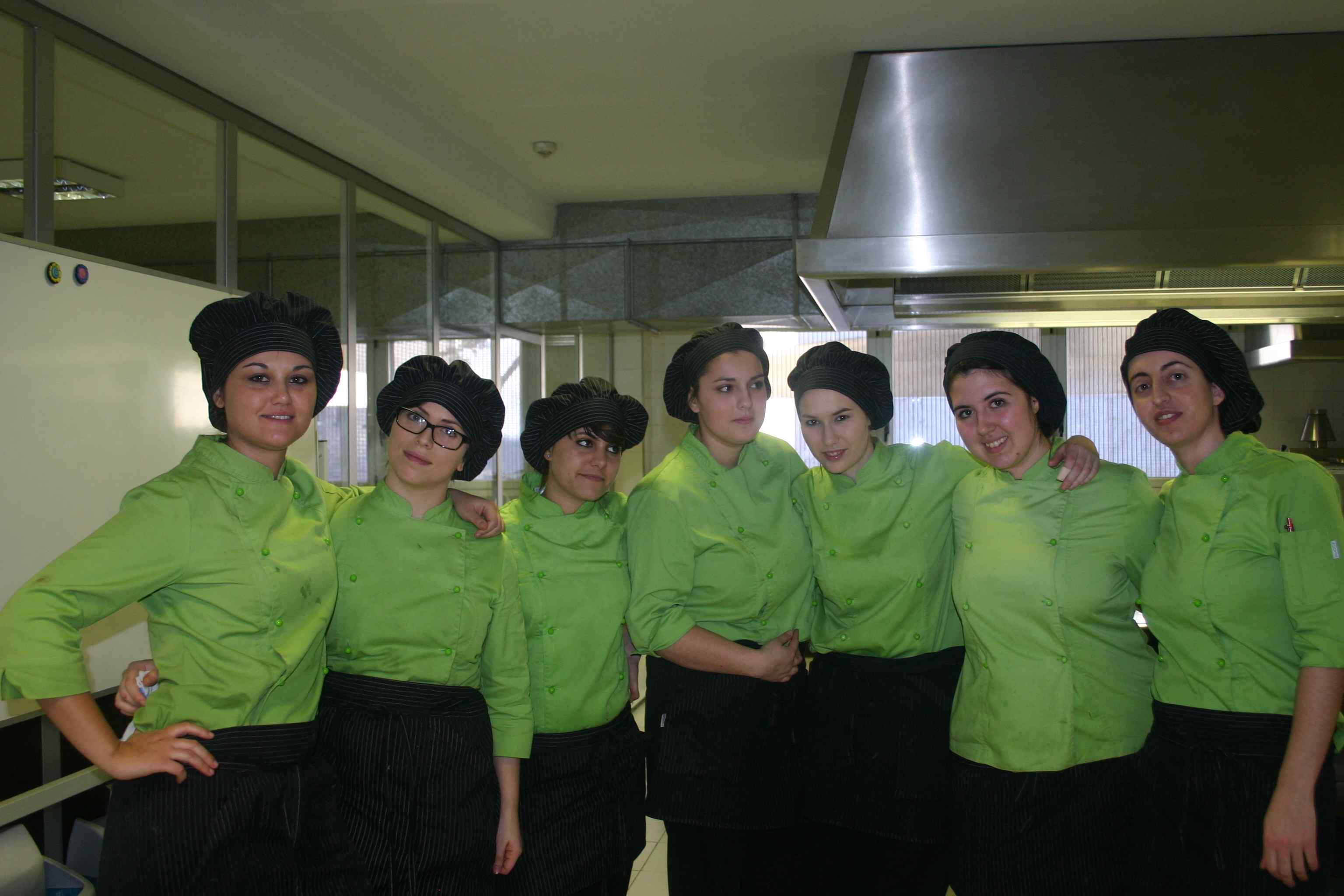 Concurso de pinchos entre las alumnas de 2º del Ciclo de Cocina y Gastronomía