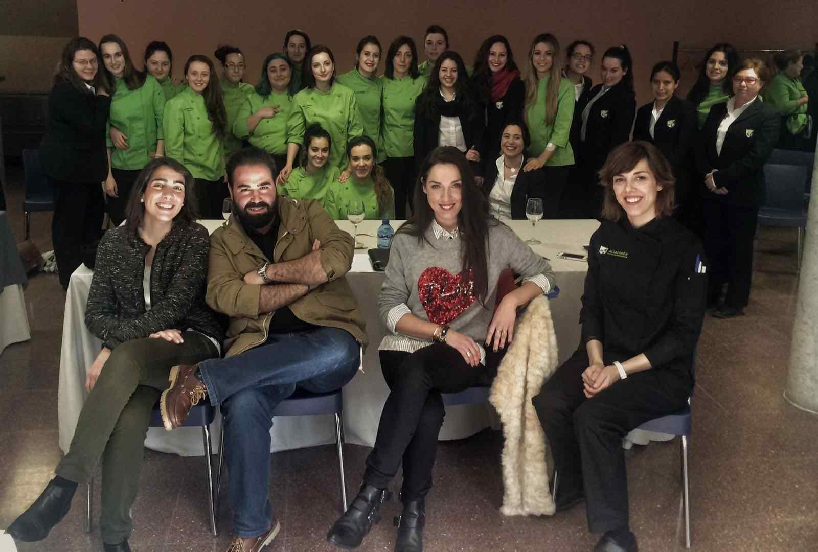 Marta y Marina, de Cocina y Gastronomía, ganadoras del concurso de tapas Alcazarén