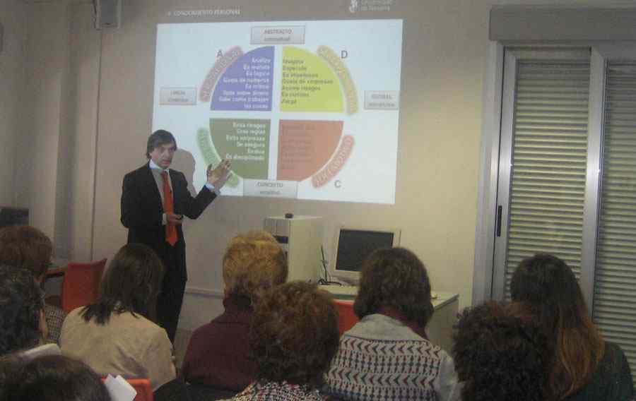 """Jornada de Management: """"Liderar equipos"""" con el profesor Xavier Bringué de la Universidad de Navarra"""