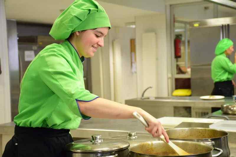 María Rico, 2º de Cocina y Gastronomía en el Certamen de Arte Joven de Castilla y León