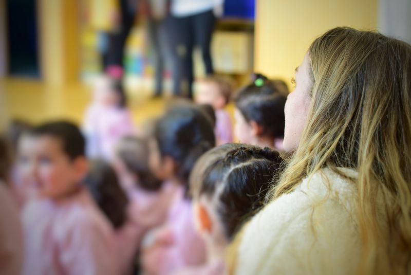 Teatro de Educación Infantil, uno de los mejores cuentos para niños con los alumnos de Mini Cole