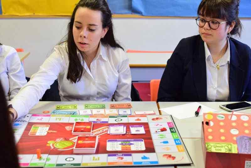 Aprender a gestionar y tomar decisiones jugando con Playpension