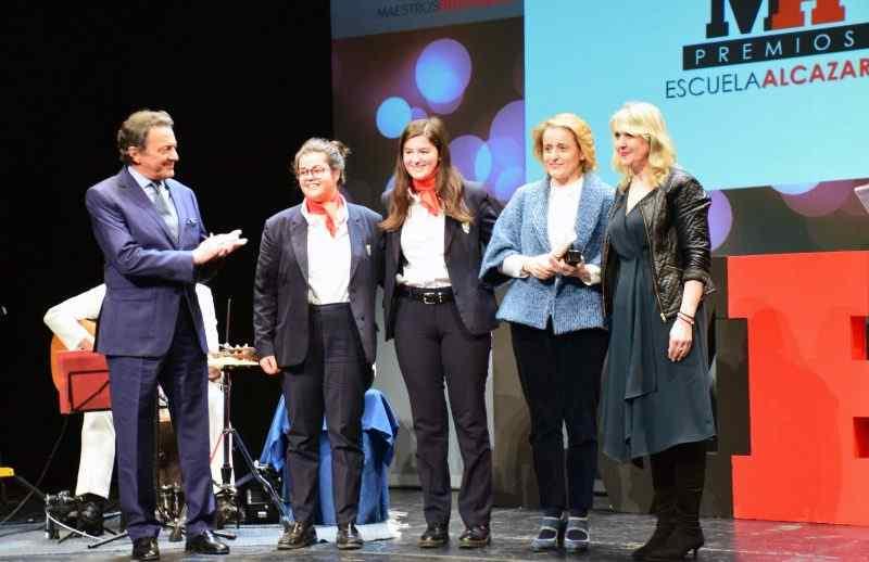 Entrega del premio Maestros Hosteleros como Mejor Escuela de Cocina de Castilla y León 2019
