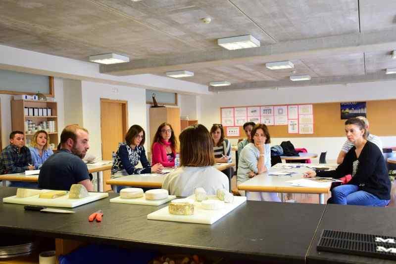 Curso de formación sobre el tratamiento del queso