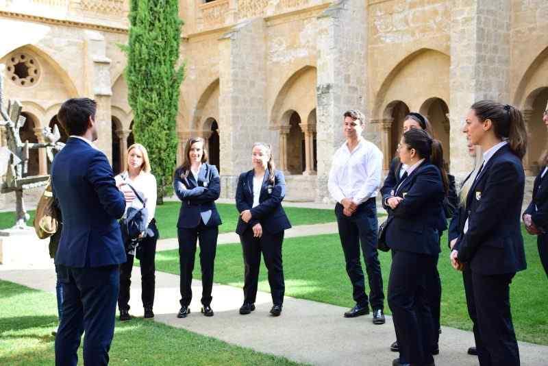 Las posibilidades que da estudiar un Ciclo de Turismo en la Escuela Alcazarén