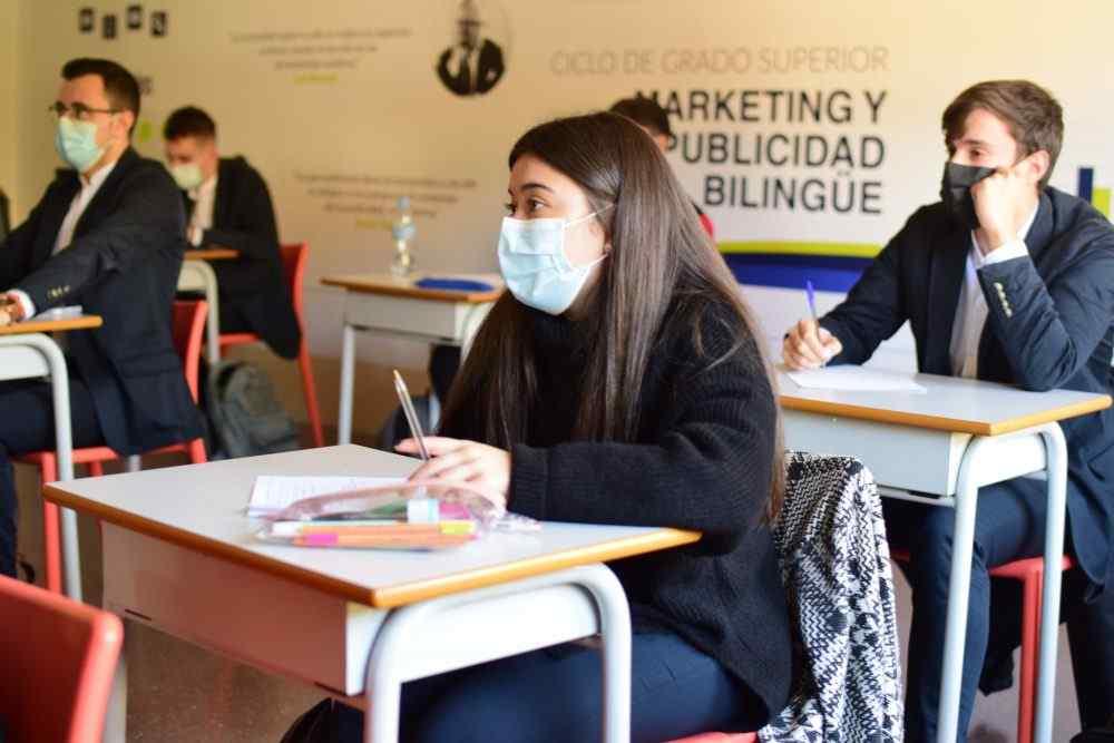 Una de las mejores agencias de marketing de Valladolid en la Escuela